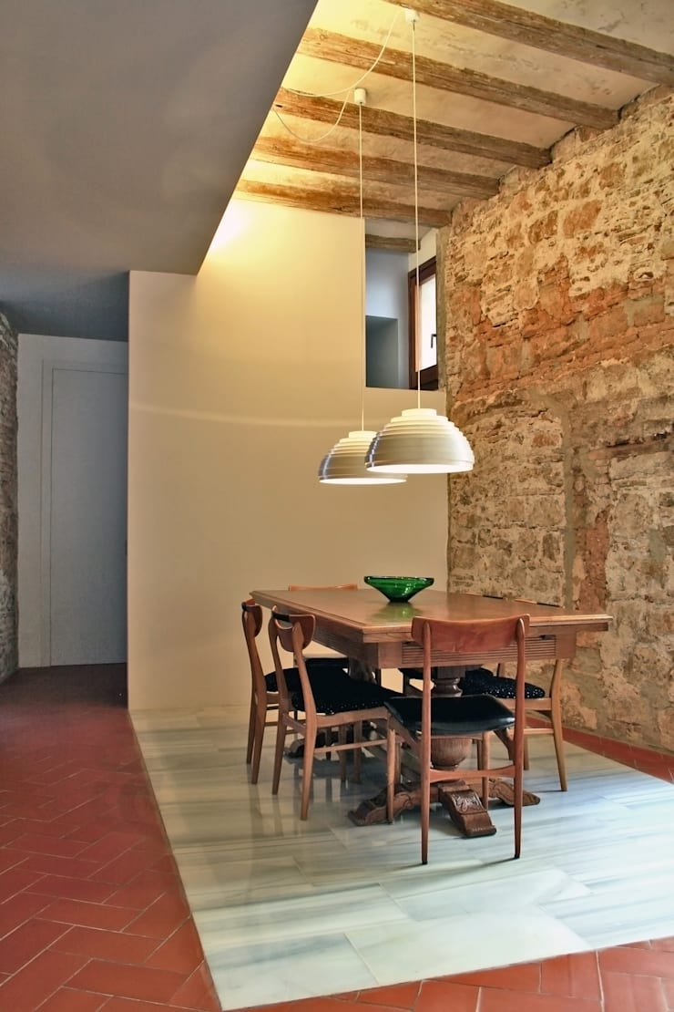 Casa Julia: Comedores de estilo  de bellafilarquitectes