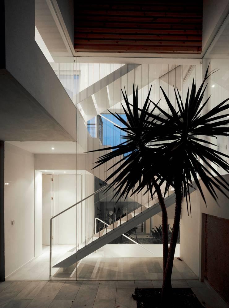 Interior: Casas de estilo  de DeVillarCHacon