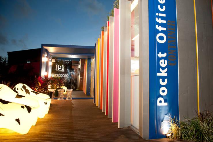 Pocket Office: Lojas e imóveis comerciais  por Espaço do Traço arquitetura