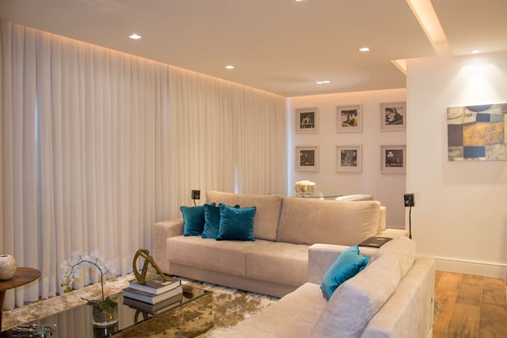 Apartamento Rio Branco: Salas de estar modernas por Bibiana Menegaz - Arquitetura de Atmosfera