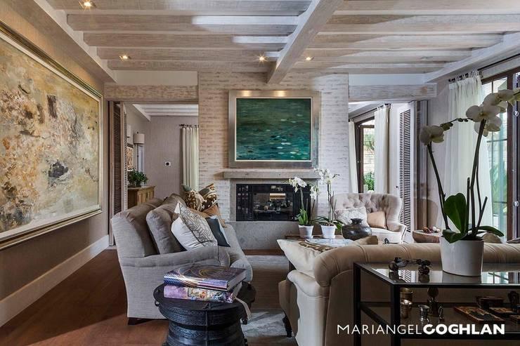 Sala: Salas de estilo  por MARIANGEL COGHLAN