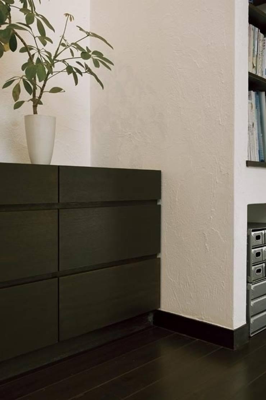 マンションリフォーム 千葉 (船橋 H HOUSE): Style is Still Living ,inc.が手掛けた壁です。
