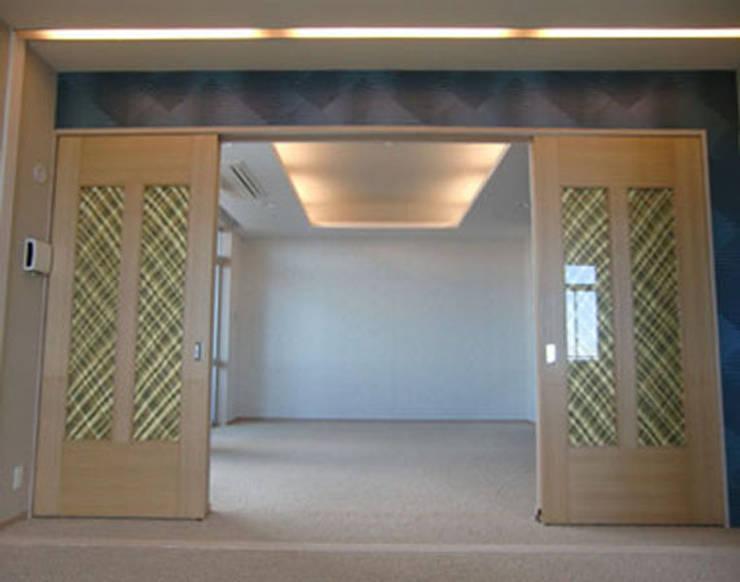 Formal Living: 南俊治建築研究所が手掛けたです。