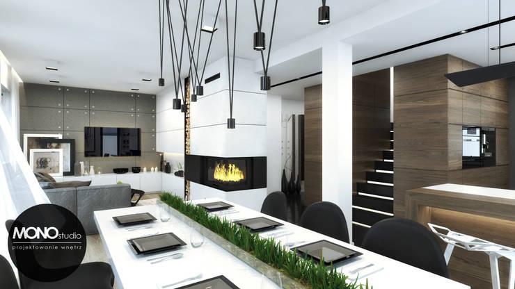 Salle à manger moderne par MONOstudio Moderne