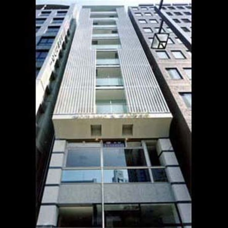 Main facade: 南俊治建築研究所が手掛けたです。,
