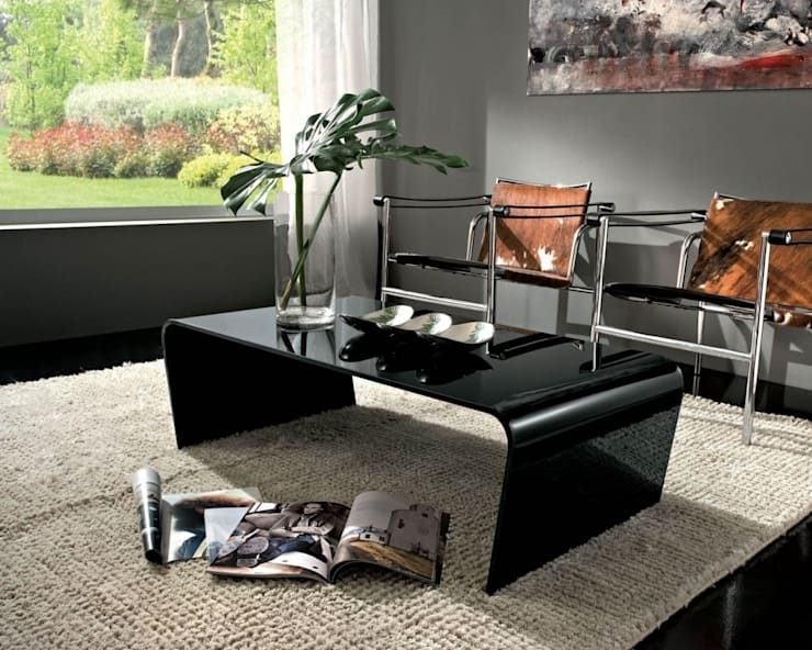'Iris' glass coffee table by La Primavera: modern Living room by My Italian Living