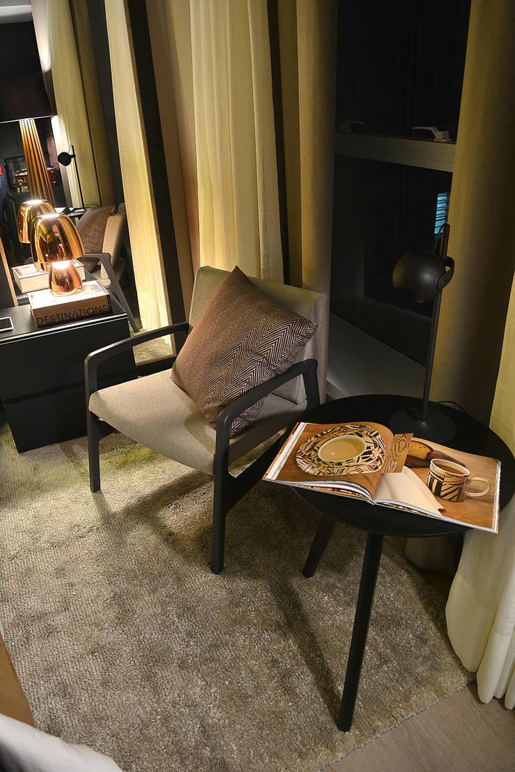 Casa Cor RS: Quartos  por Bibiana Menegaz - Arquitetura de Atmosfera