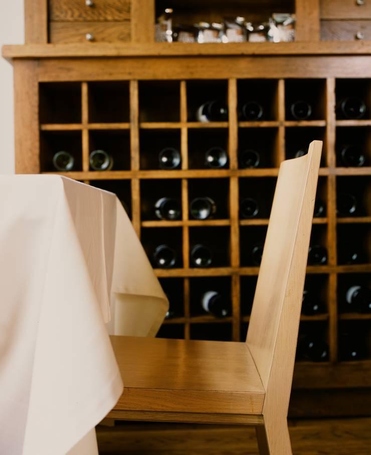 Ресторан <q>Correa's</q>: Винный погреб в . Автор – ANIMA