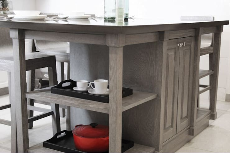Isla de cocina: Cocinas de estilo  por Quinto Distrito Arquitectura