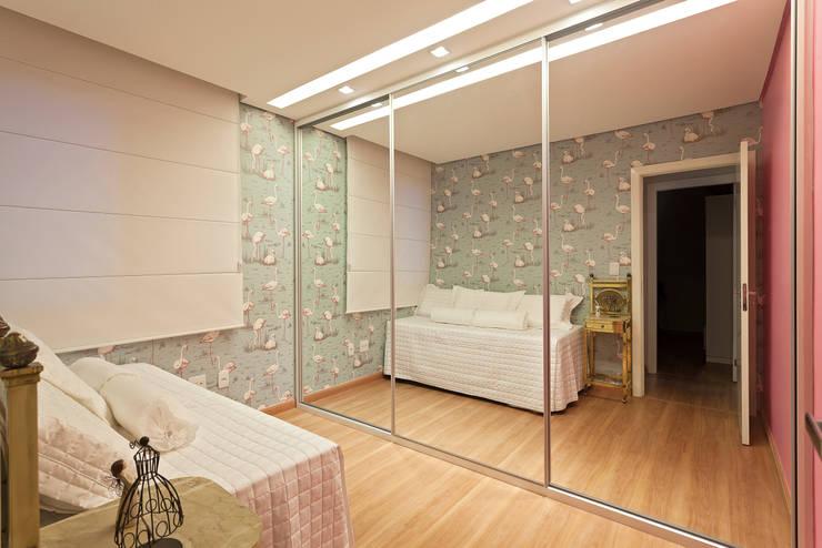 Cobertura .SC: Quartos  por Amis Arquitetura & Design