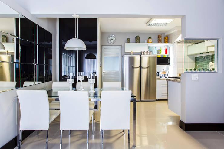 Sala de Jantar: Salas de jantar  por Lo. interiores