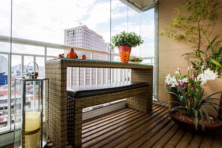 Vista varanda: Terraços  por Lo. interiores