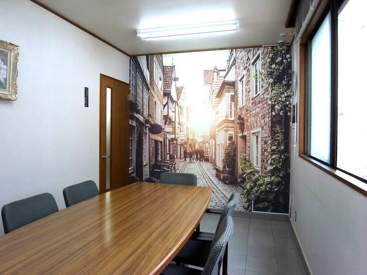 写真壁紙: Deco Cloth(デコクロス)が手掛けた壁&床です。