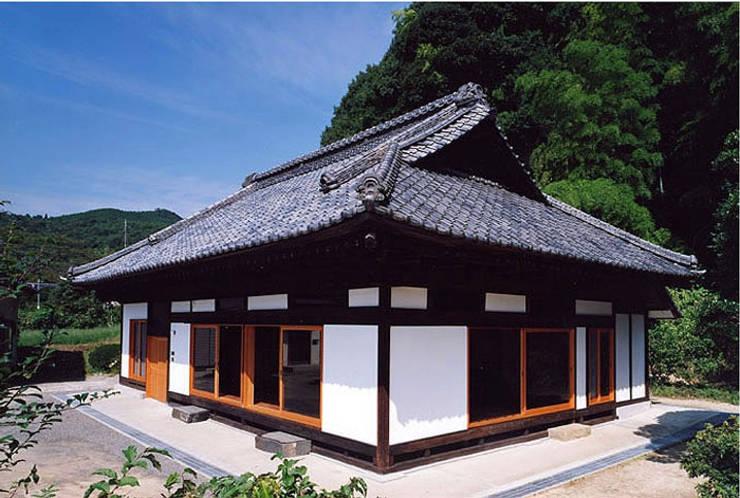 ファサード オリジナルな 家 の 松井建築研究所 オリジナル