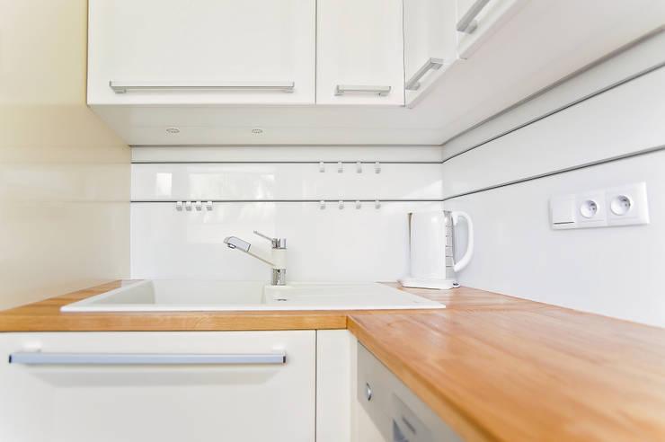 Kuchnia - Piekary Śląskie.: styl , w kategorii Kuchnia zaprojektowany przez PR Architects Sp z o. o. Pala&Rodek