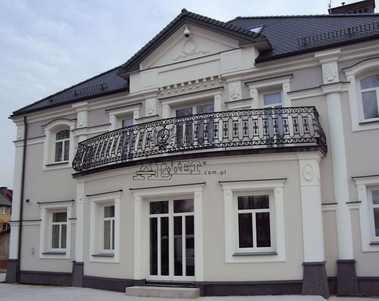 Balconies, verandas & terraces  by ALMET Kowalstwo Artystyczne