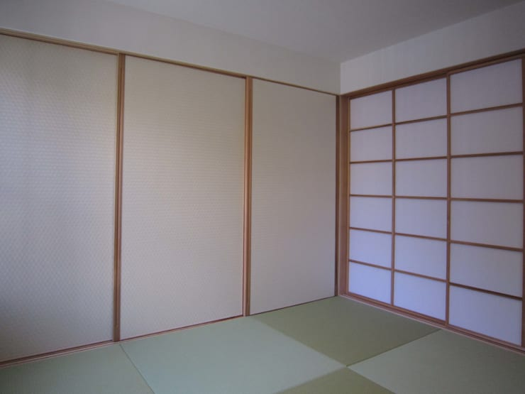 M-House: 有限会社クリエデザイン/CRÉER DESIGN Ltd.が手掛けた和室です。