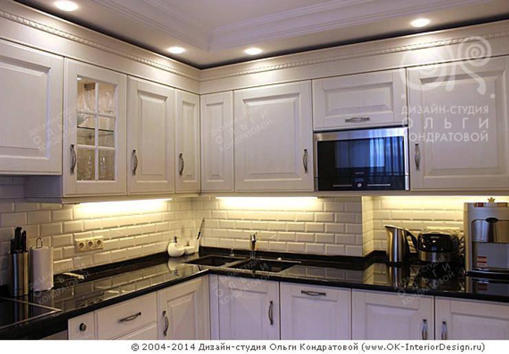 Фото интерьера кухни в квартире: Кухни в . Автор – Дизайн студия Ольги Кондратовой, Классический