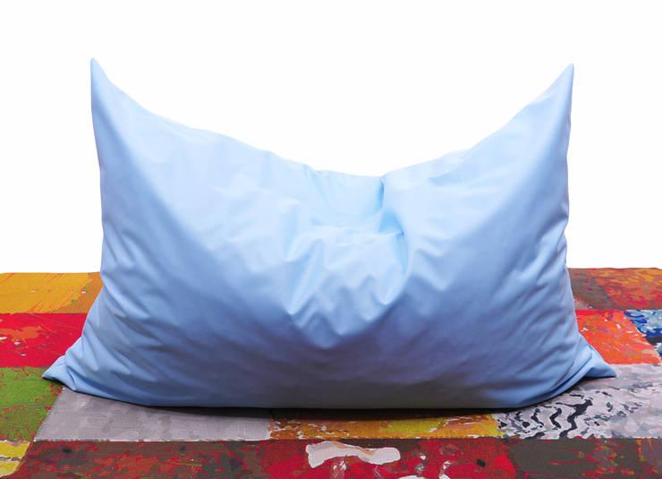 poduszka do leżenia SORBET: styl , w kategorii Salon zaprojektowany przez Pracownia Reborn,