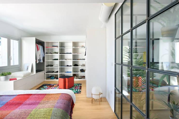 Egue y Seta의  침실