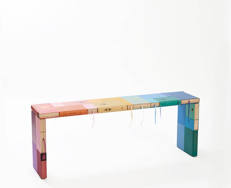 BOOKED bench:  Eetkamer door BOOKED  by Jacqueline le Bleu