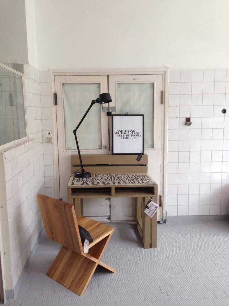 Tailormade Furnitureが手掛けた勉強部屋/オフィス
