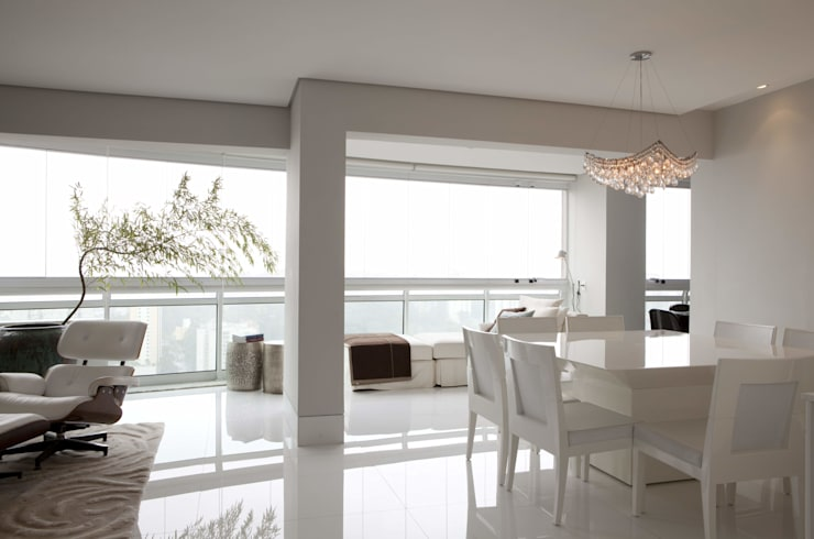 Dining room by Cristina Menezes Arquitetura