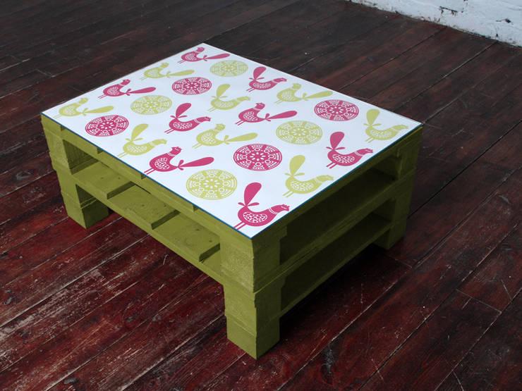 Stolik kawowy FOLK limonka/ FOLK lime coffee table 60x80: styl , w kategorii Salon zaprojektowany przez Tailormade Furniture