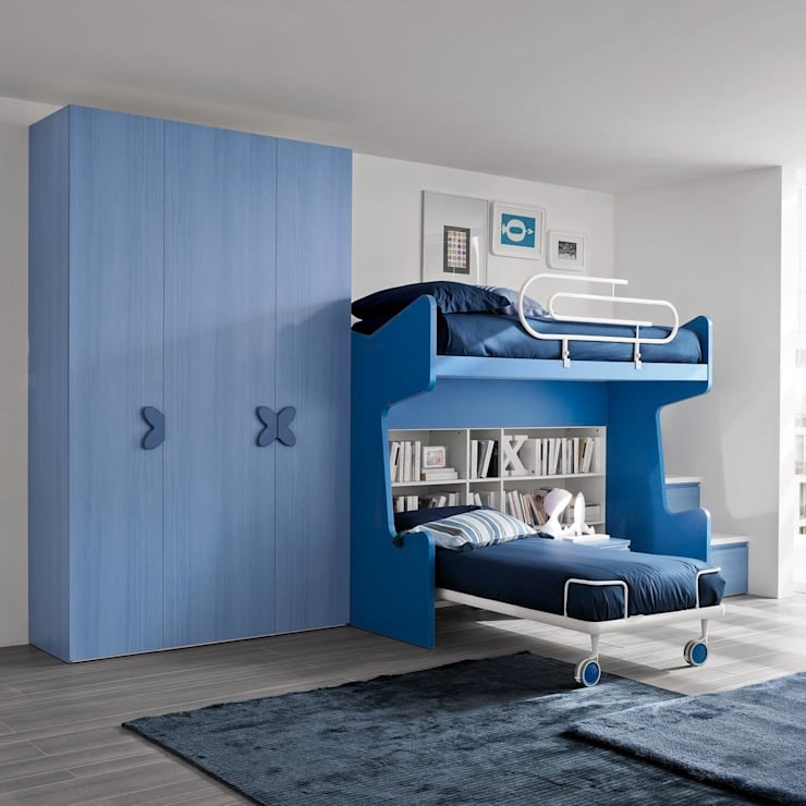 'Blue' Children's bedroom furniture set by Siluetto:  Nursery/kid's room by My Italian Living