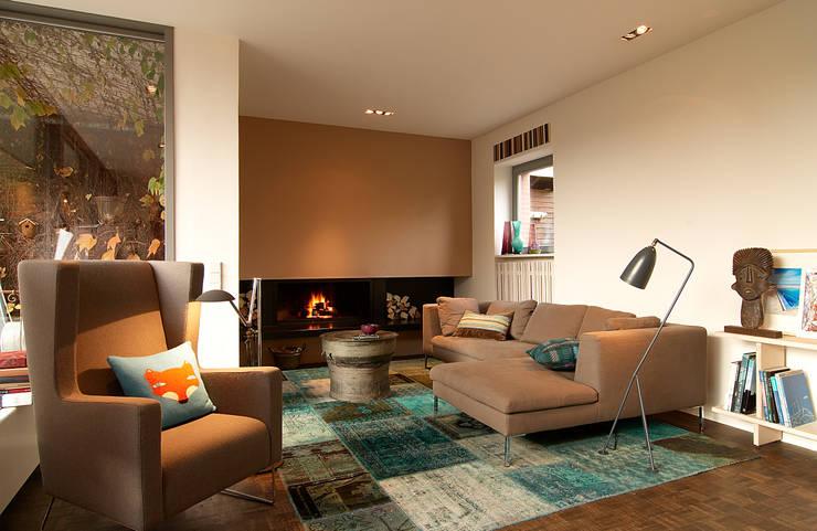 Living room by Andreas Edye Architekten