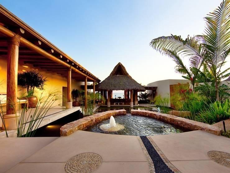 Casa Koi: Jardines de estilo  por BR  ARQUITECTOS