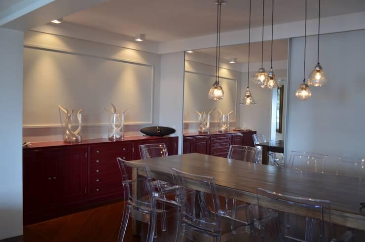 Sala de Jantar: Salas de jantar  por Compondo Arquitetura,Moderno