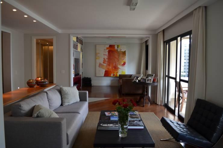 Sala de Estar: Salas de estar  por Compondo Arquitetura,Moderno