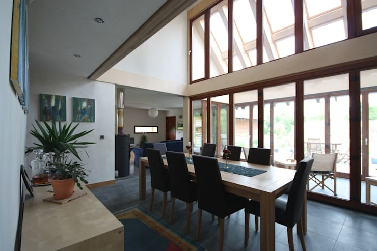 Featherbrook House: modern Dining room by PKA Architects Ltd