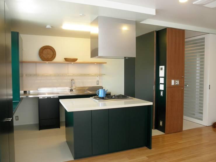廚房 by ティー・ケー・ワークショップ一級建築士事務所, 北歐風