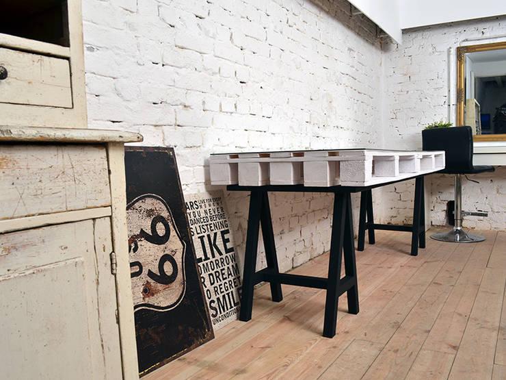 Biurko dwuosobowe Camper/ Camper Double Desk 70x200: styl , w kategorii  zaprojektowany przez Tailormade Furniture,Industrialny