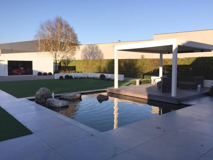 Loungetuinen: moderne Tuin door Tuinarchitectengroep ECO