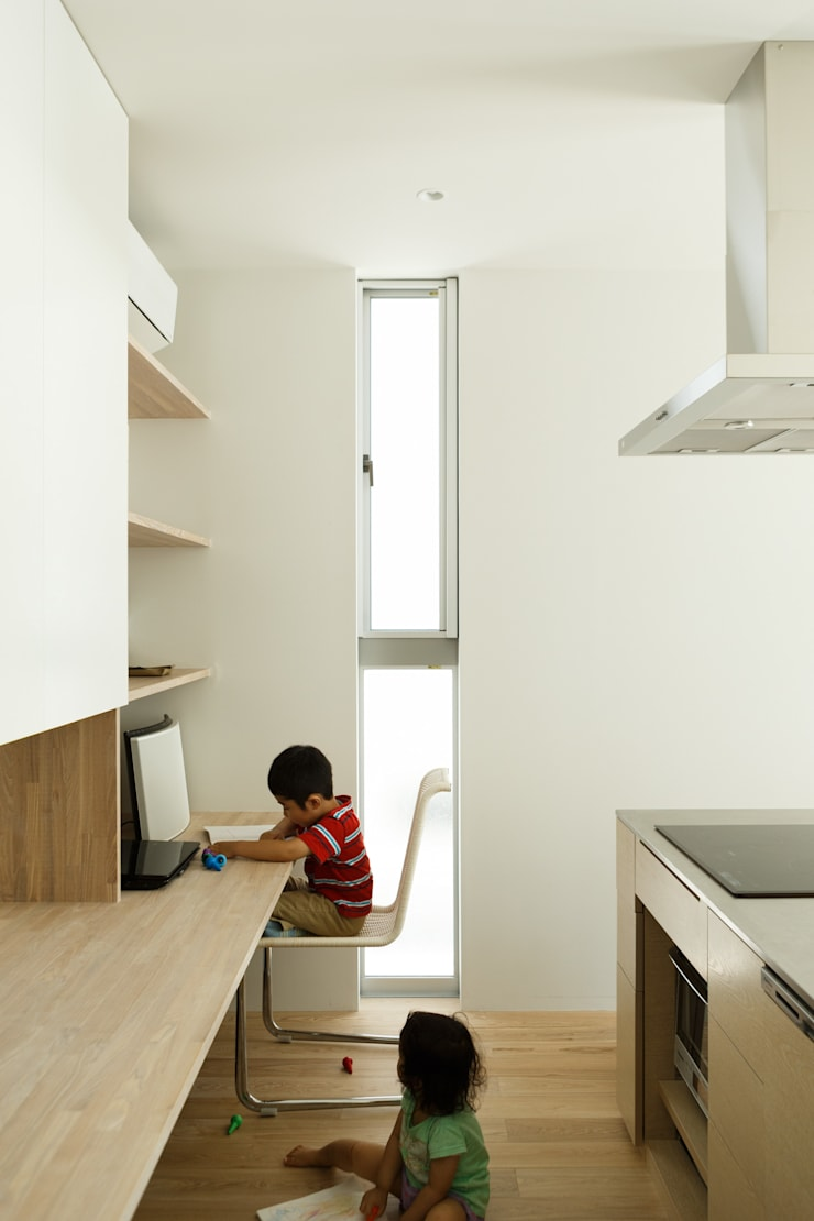 sha-la LDK: e do design 一級建築士事務所が手掛けたキッチンです。