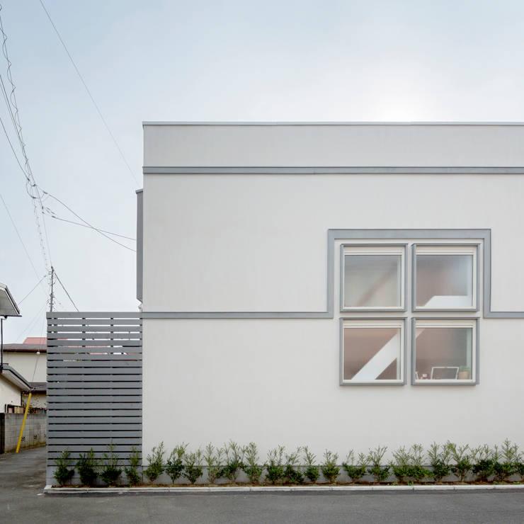 Будинки by M設計工房