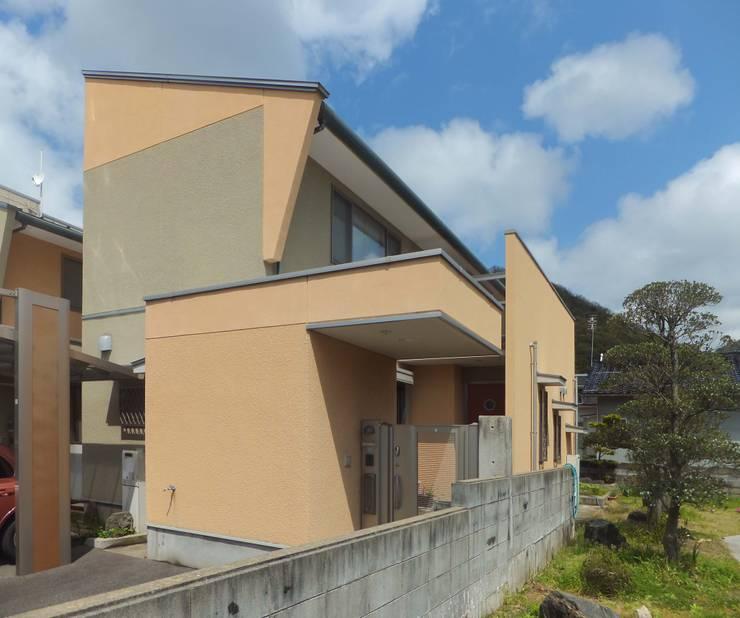 JAZZな家 外観3 オリジナルな 家 の 株式会社SOM(ソム)建築計画研究所 オリジナル