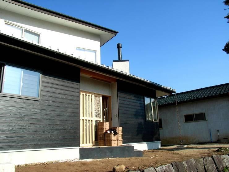 外観: 建築アトリエTSUTSUMIが手掛けた家です。,