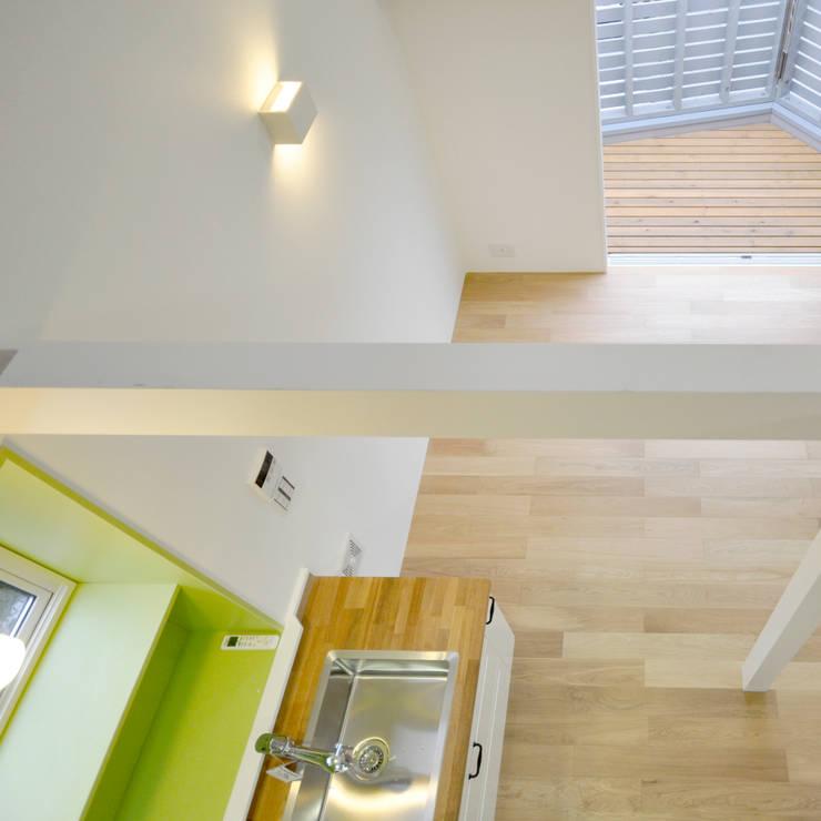 コンパクトで可愛いショートケーキハウス: M設計工房が手掛けたキッチンです。