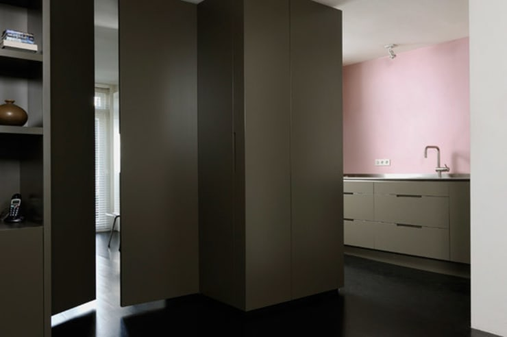 HOME #2:  Keuken door VEVS Interior Design, Minimalistisch