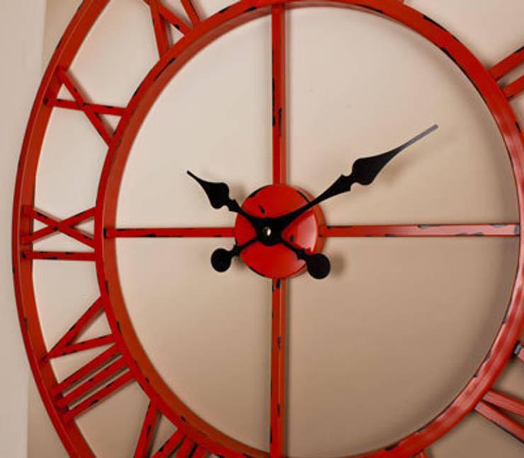 Otantik Çarşı – Eskitme Metal Duvar Saati Kırmızı Renk:  tarz Duvar & Zemin