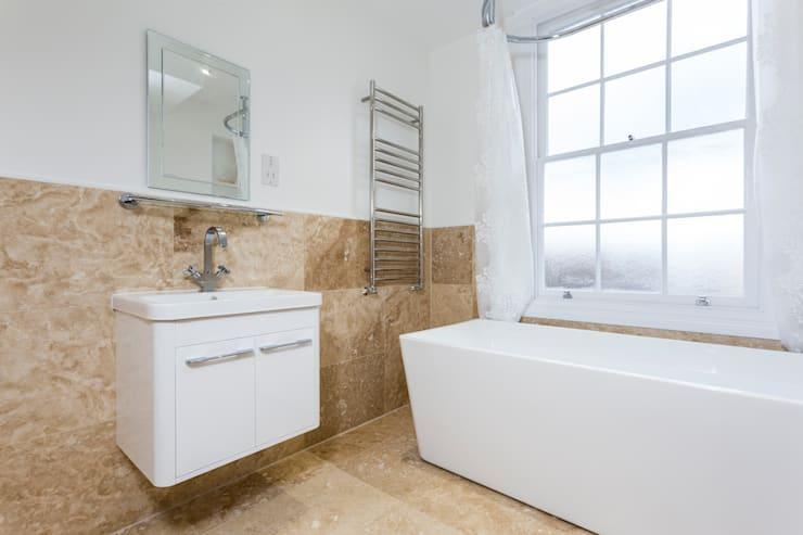 Flat Conversion in Islington:  Bathroom by GK Architects Ltd