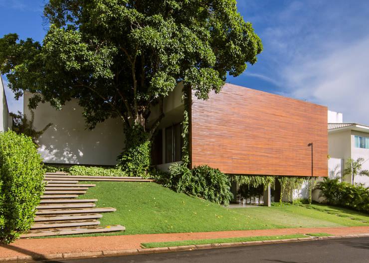 Felipe Bueno Arquitetura의  주택