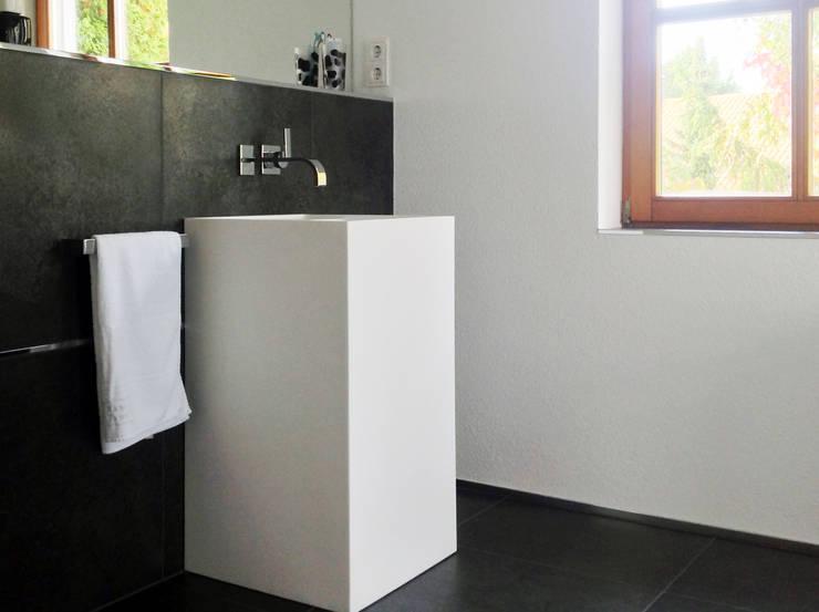 Referenzbild Mineralguss Standbecken SB-03 von Badeloft:  Badezimmer von Badeloft GmbH - Hersteller von Badewannen und Waschbecken in Berlin