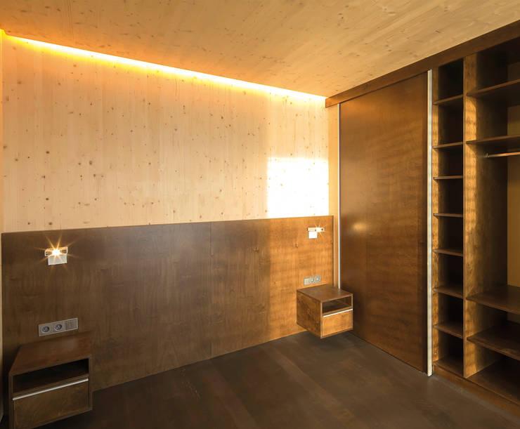 Спальная комната  в . Автор – Pilzarchitektur
