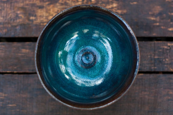 Tigela cobalto profundo.: Arte  por Ateliê de Cerâmica - Flavia Soares