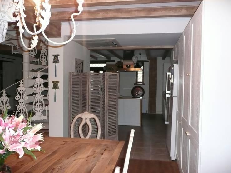 EKa MİMARLIK – Adatepe Projesi: rustik tarz tarz Yemek Odası